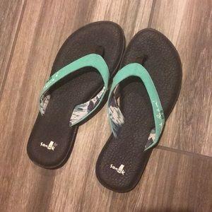 944304b62 Sanuk Shoes - Sanuk Hawaiian Islands Flip Flops